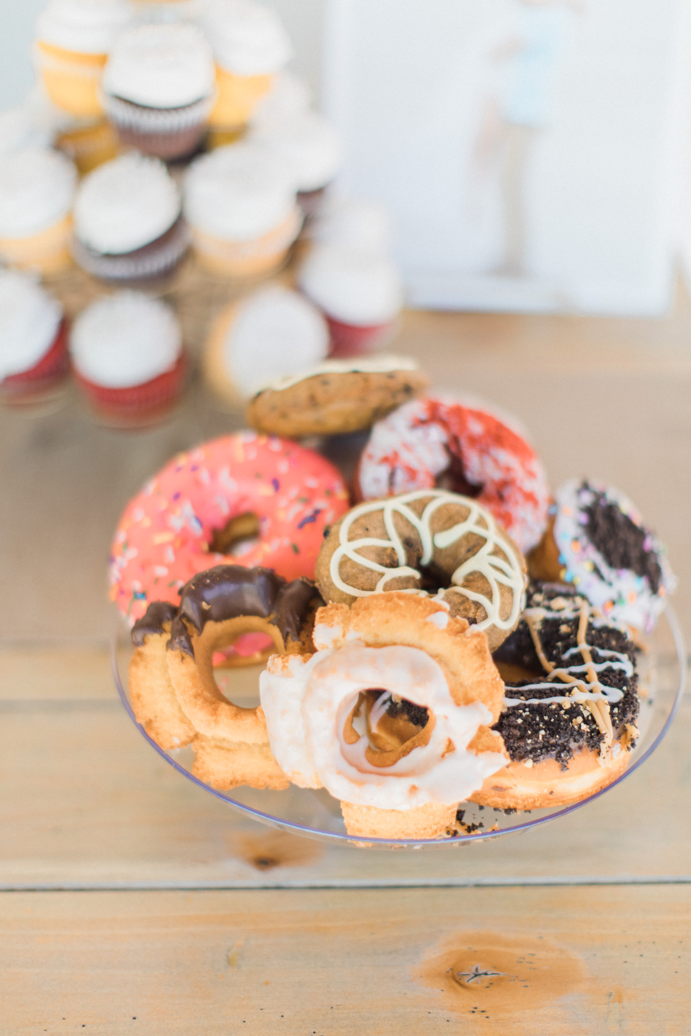 #weddingdonuts #doughnuts #donuts #weddingplannerlasvegas,#lasvegasweddingcoordinators,#weddingcoordinatorslasvegas,#weddingcoordinatorlasvegas,#lasvegasweddingplanner #desirableeventsbydesi #wedding, #love #lasvegaswedding, #weddinglasvegas, #weddingplannerslasvegas, #lasvegasweddingplanners, #layersoflovely, #lasvegaswedding, #susieandwill, #rusticwedding, #wedding, #historic5thstreetschool, #downtownlasvegas, #historic5thstreetschoolweddings, #lasvegasweddings,#historicfifthstreetschool #historicfifthstreetschoolwedding #historicfifthstreetschoollasvegas #historic5thstreetschoollasvegas #outdoorweddinglasvegas #lasvegasoutdoorwedding #historic5thstreetschooloutdoorwedding